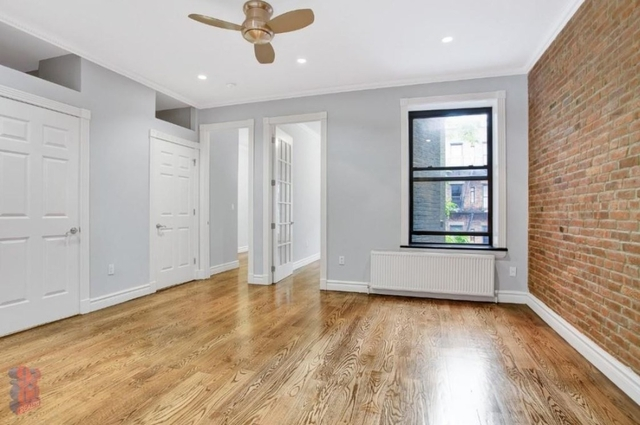 4 Bedrooms, Hell's Kitchen Rental in NYC for $6,230 - Photo 1