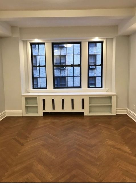 Studio, Theater District Rental in NYC for $2,524 - Photo 1