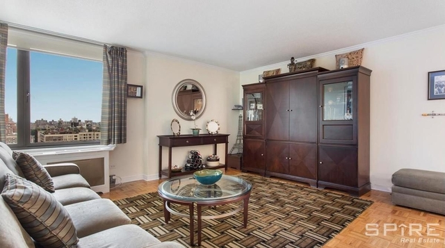 4 Bedrooms, Yorkville Rental in NYC for $5,150 - Photo 2