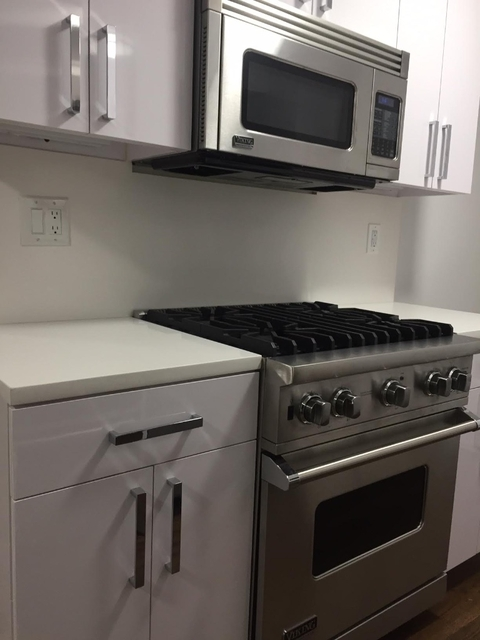 2 Bedrooms, Gramercy Park Rental in NYC for $7,500 - Photo 2