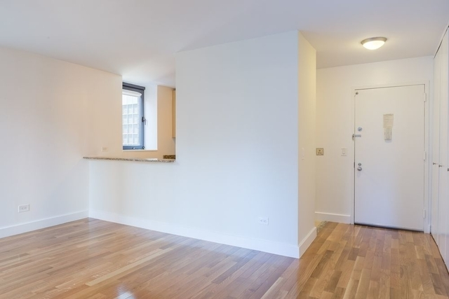 1 Bedroom, Theater District Rental in NYC for $3,440 - Photo 2