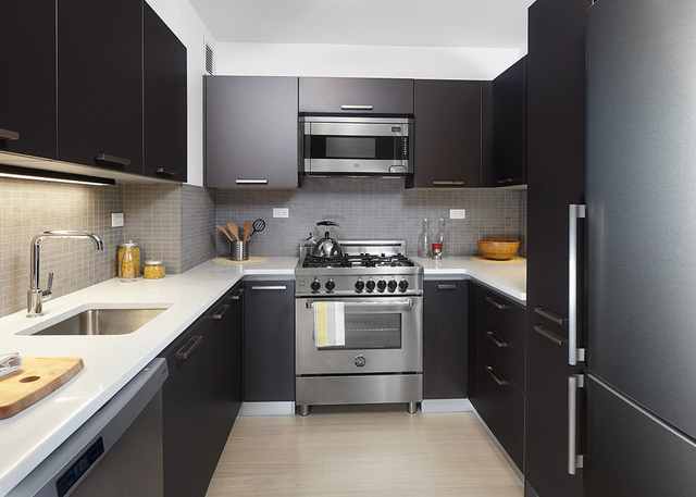 1 Bedroom, Murray Hill Rental in NYC for $3,045 - Photo 2