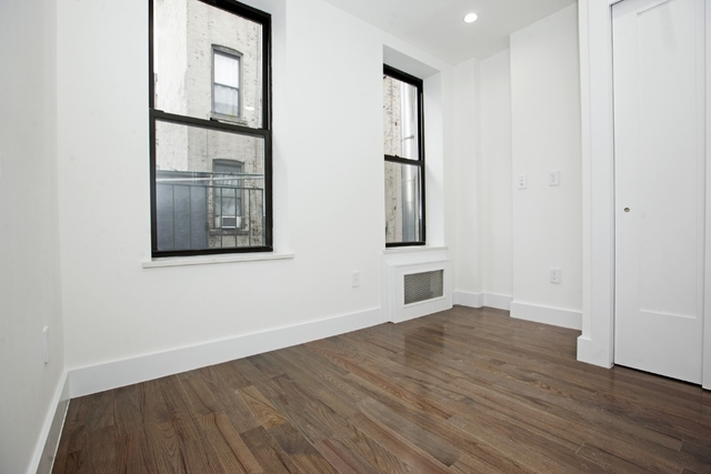1 Bedroom, Chinatown Rental in NYC for $2,495 - Photo 2