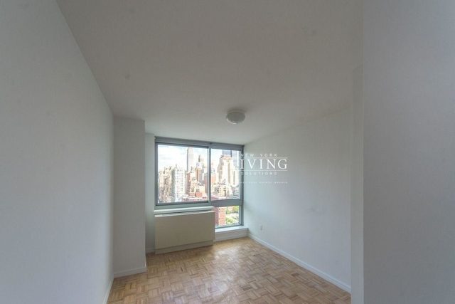 1 Bedroom, Hell's Kitchen Rental in NYC for $4,299 - Photo 1
