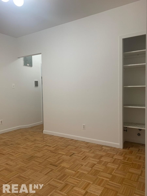 1 Bedroom, Little Italy Rental in NYC for $2,295 - Photo 2