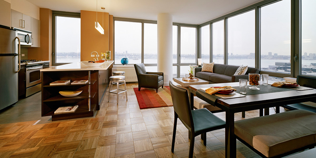 2 Bedrooms, Chelsea Rental in NYC for $4,578 - Photo 1
