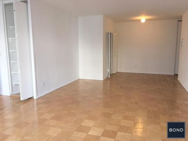 3 Bedrooms, Upper East Side Rental in NYC for $13,990 - Photo 2