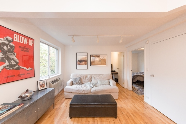 2 Bedrooms, Alphabet City Rental in NYC for $3,535 - Photo 2