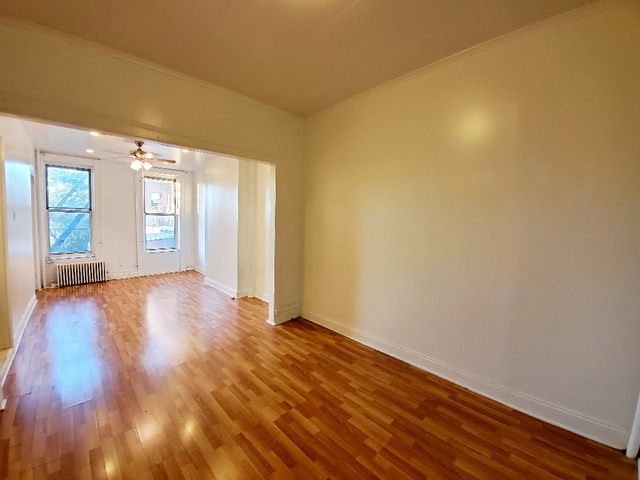 Studio, South Slope Rental in NYC for $1,800 - Photo 2