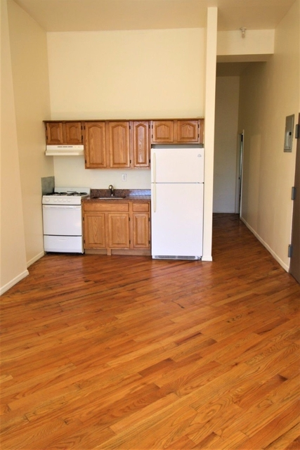 3 Bedrooms, East Harlem Rental in NYC for $2,499 - Photo 2