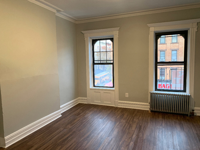 3 Bedrooms, Sunset Park Rental in NYC for $2,650 - Photo 2