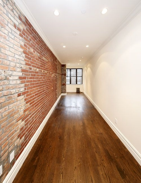 1 Bedroom, East Village Rental in NYC for $3,071 - Photo 2