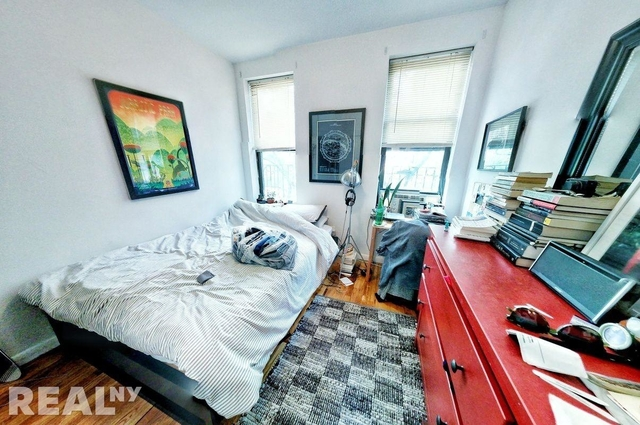 3 Bedrooms, East Village Rental in NYC for $4,900 - Photo 2