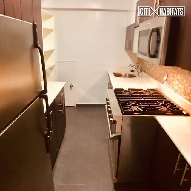 2 Bedrooms, Rose Hill Rental in NYC for $5,795 - Photo 2