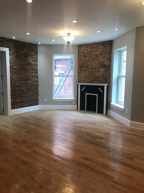 4 Bedrooms, Crown Heights Rental in NYC for $8,900 - Photo 2
