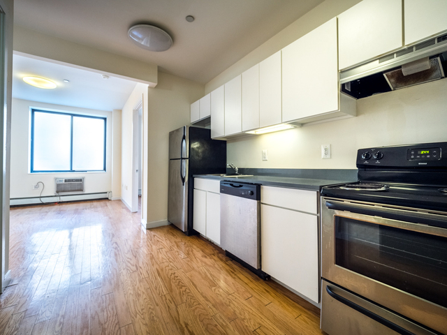 1 Bedroom, East Williamsburg Rental in NYC for $2,295 - Photo 1