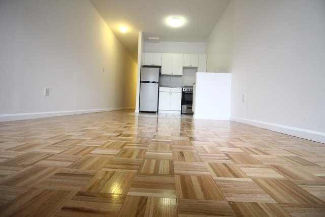1 Bedroom, Chelsea Rental in NYC for $2,800 - Photo 2