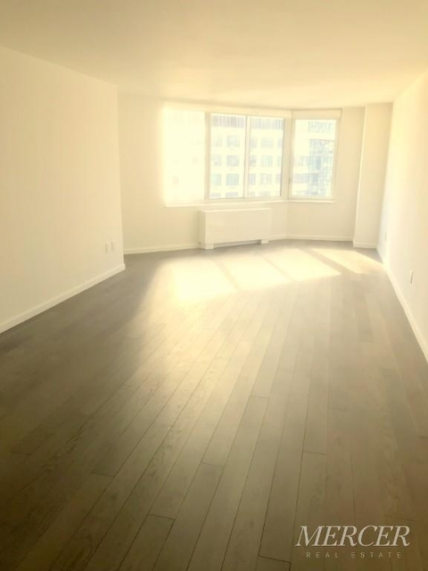 1 Bedroom, Hell's Kitchen Rental in NYC for $3,299 - Photo 1