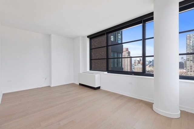 Studio, Hell's Kitchen Rental in NYC for $2,900 - Photo 1