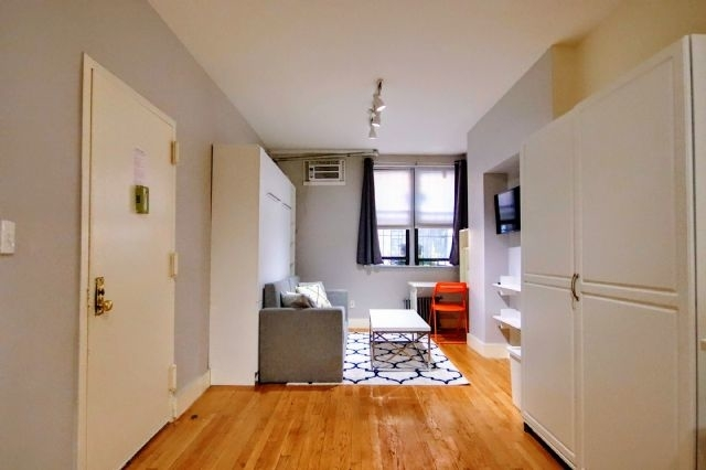Studio, Alphabet City Rental in NYC for $2,325 - Photo 2