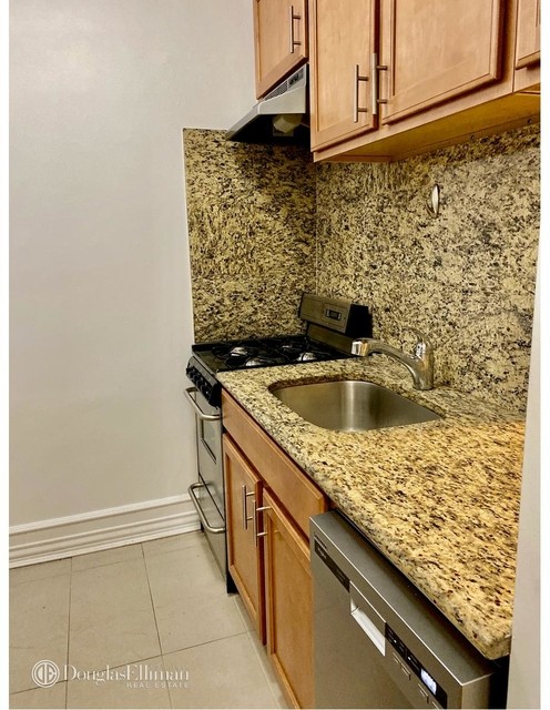 1 Bedroom, Upper East Side Rental in NYC for $2,695 - Photo 2