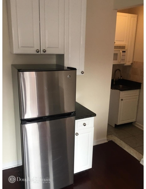 Studio, West Village Rental in NYC for $2,360 - Photo 2