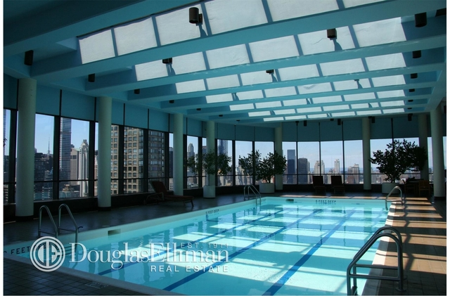 2 Bedrooms, Upper East Side Rental in NYC for $8,800 - Photo 2