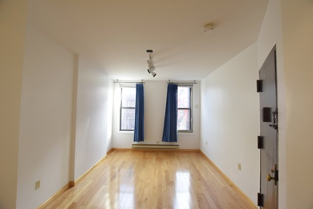 Studio, Chinatown Rental in NYC for $2,450 - Photo 1