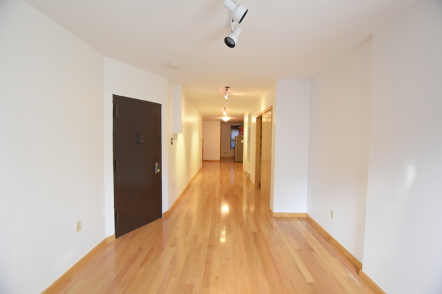 Studio, Chinatown Rental in NYC for $2,450 - Photo 2