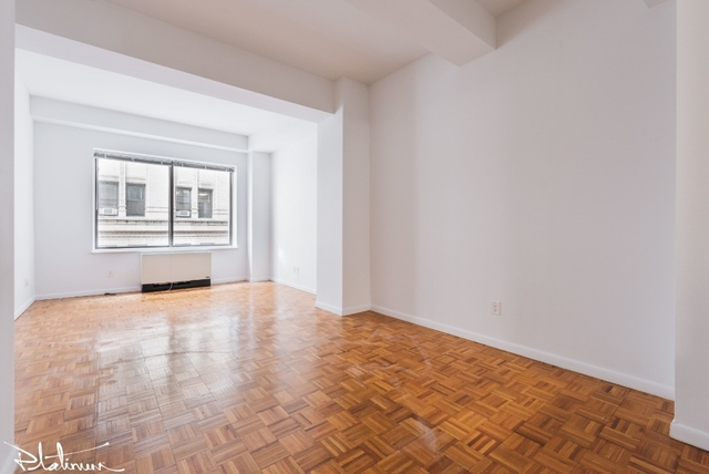 Studio, Financial District Rental in NYC for $6,542 - Photo 2