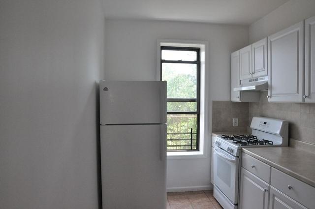 3 Bedrooms, Ridgewood Rental in NYC for $2,400 - Photo 2
