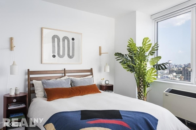 2 Bedrooms, Greenpoint Rental in NYC for $4,688 - Photo 2