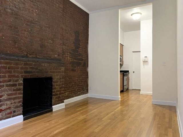 Studio, East Village Rental in NYC for $2,150 - Photo 2