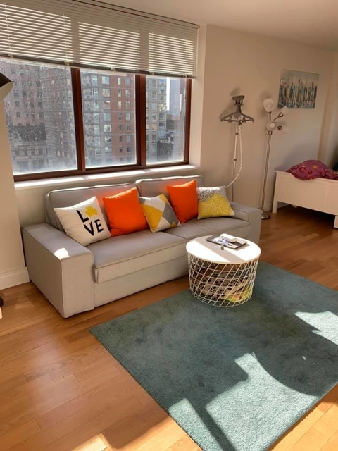 Studio, Theater District Rental in NYC for $2,933 - Photo 2