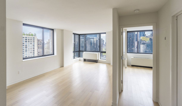 1 Bedroom, Hell's Kitchen Rental in NYC for $4,580 - Photo 1