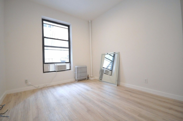 3 Bedrooms, Theater District Rental in NYC for $5,100 - Photo 2