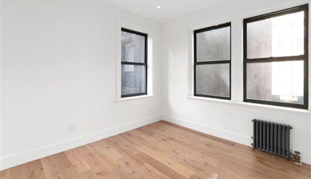 3 Bedrooms, Turtle Bay Rental in NYC for $5,076 - Photo 2