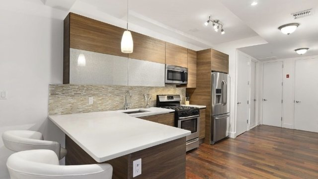 1 Bedroom, Bedford-Stuyvesant Rental in NYC for $2,950 - Photo 2