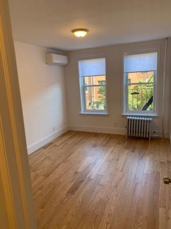 1 Bedroom, Woodside Rental in NYC for $2,450 - Photo 2