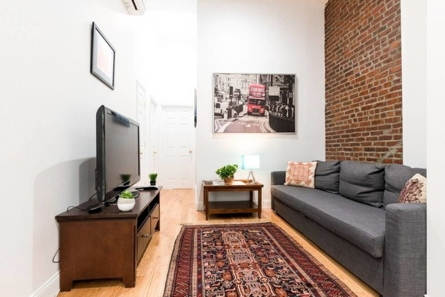 3 Bedrooms, Lincoln Square Rental in NYC for $5,000 - Photo 1