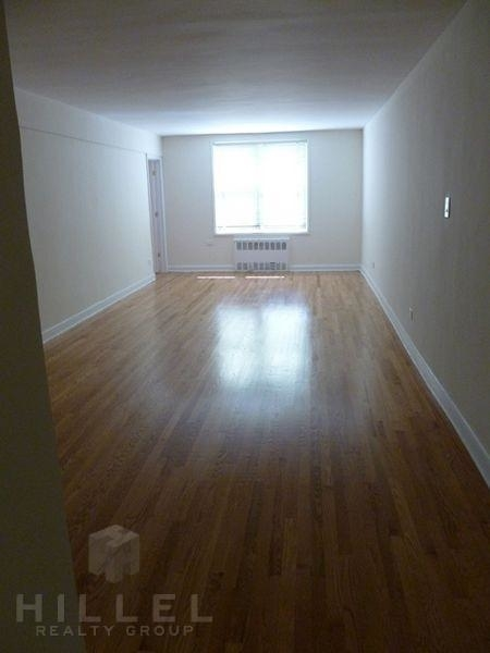 2 Bedrooms, Forest Hills Rental in NYC for $2,290 - Photo 1