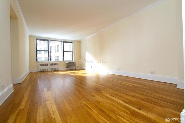 2 Bedrooms, West Village Rental in NYC for $5,600 - Photo 1