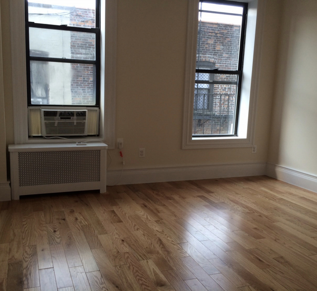2 Bedrooms, SoHo Rental in NYC for $3,500 - Photo 2