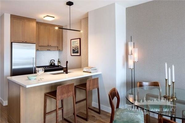 3 Bedrooms, Hell's Kitchen Rental in NYC for $6,300 - Photo 2
