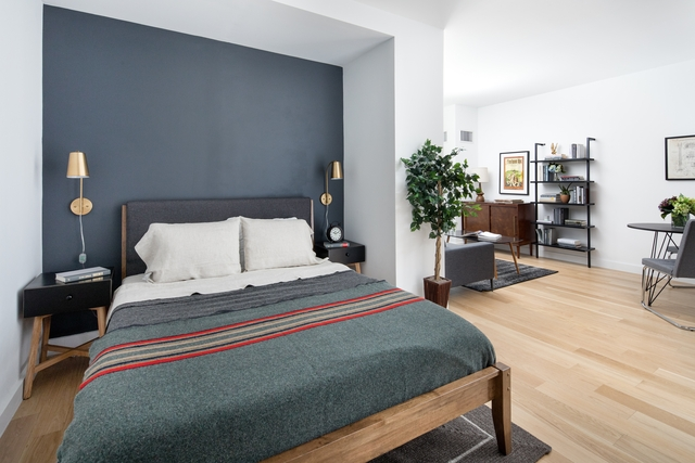 Studio, Hell's Kitchen Rental in NYC for $3,093 - Photo 1