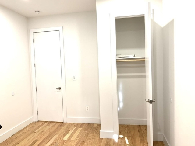 1 Bedroom, Hell's Kitchen Rental in NYC for $2,770 - Photo 2