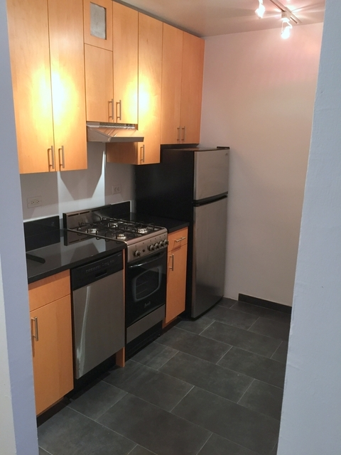 Studio, Turtle Bay Rental in NYC for $2,745 - Photo 2