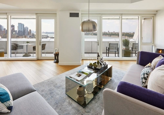Studio, Hell's Kitchen Rental in NYC for $3,488 - Photo 1