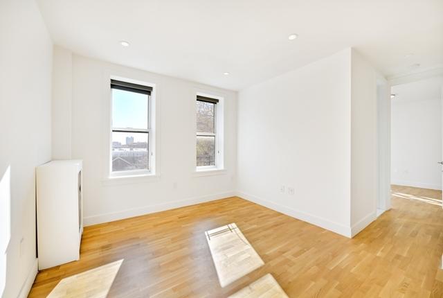 1 Bedroom, Prospect Lefferts Gardens Rental in NYC for $2,123 - Photo 2