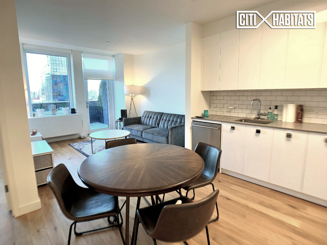 1 Bedroom, Lower East Side Rental in NYC for $6,123 - Photo 2
